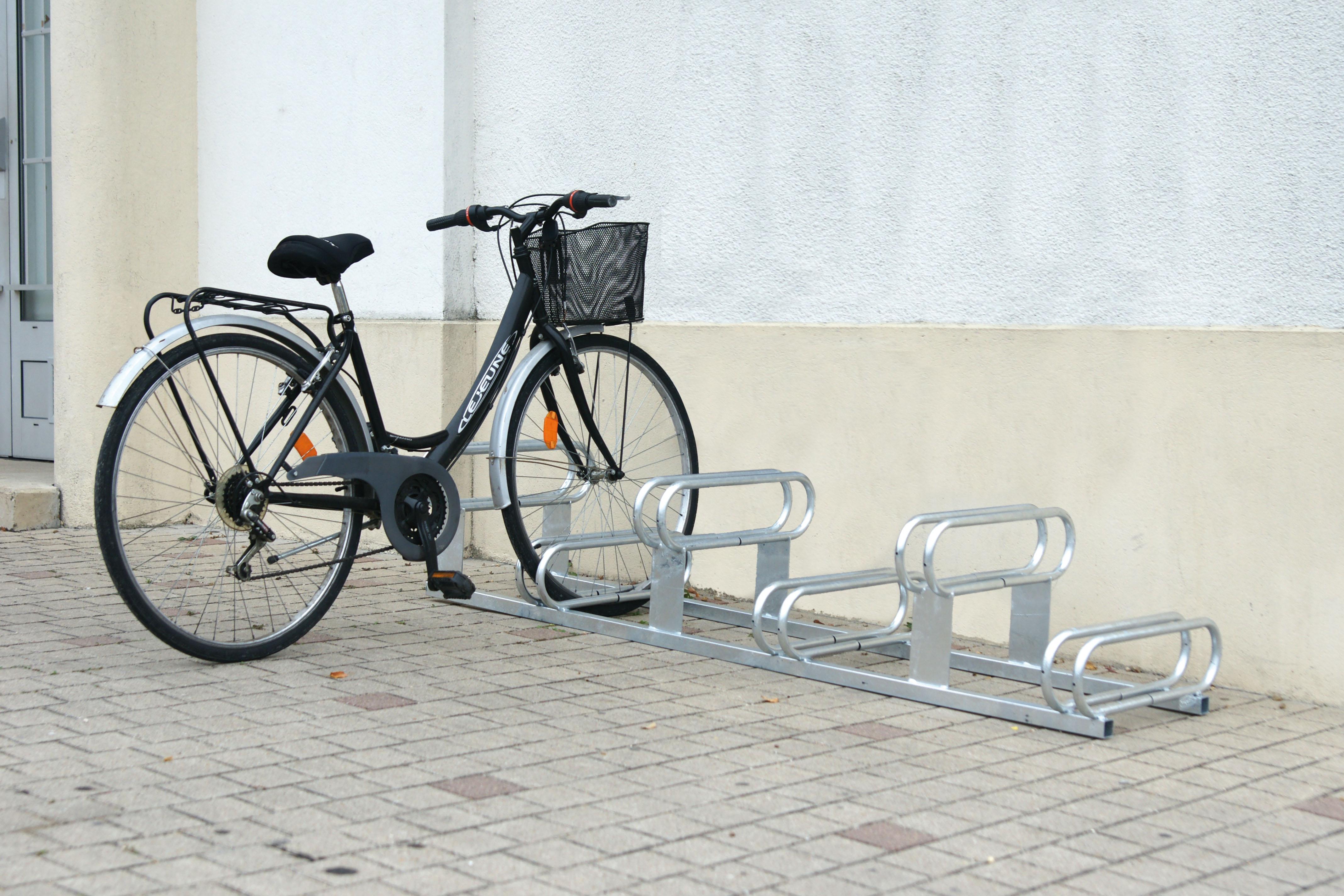 Fahrradständer Höhenversetzte Plätze